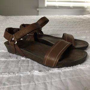 Teva Women's Brown Ysidro Stitch Sandal